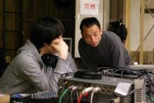 港区赤坂にあるビデオ制作会社のブログ-打ち合わせする二人