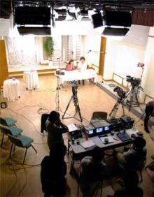 港区赤坂にあるビデオ制作会社のブログ-平和島スタジオ撮影