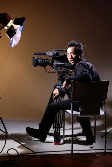 港区赤坂にあるビデオ制作会社のブログ-スタジオにて撮影される専務