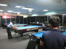港区赤坂にあるビデオ制作会社のブログ-ビリヤード撮影中の専務in台湾