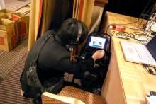 港区赤坂にあるビデオ制作会社のブログ-映像と音声のチェック中