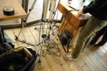 港区赤坂にあるビデオ制作会社のブログ-たくさんのケーブルを使用