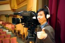 港区赤坂にあるビデオ制作会社のブログ-会場横PMW-350